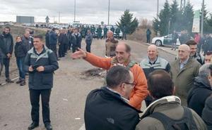 La Guardia Civil envía efectivos a la prisión de León para desalojar a los funcionarios