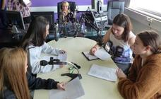 Cinco alumnas del Juan del Enzina se suman a un proyecto europeo de respeto a refugiados e inmigrantes