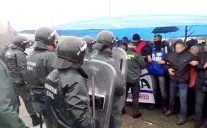 Efectivos de la Guardia Civil intervienen por segunda vez para desalojar a funcionarios de prisiones