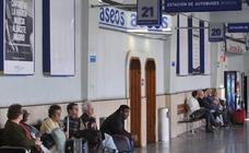 Violan a una joven discapacitada en el aseo de la estación de autobuses de Murcia