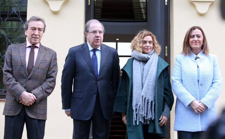 Juan Vicente Herrera se reúne en Valladolid con la ministra de Política Territorial y Función Pública, Meritxell Batet