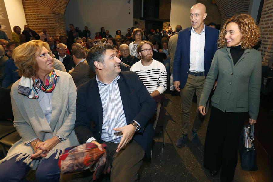 La ministra Meritxell Batet presenta a José Antonio Diez como candidato a la Alcaldía de León