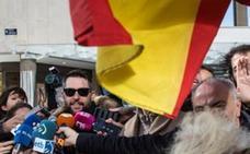 El humorista Dani Mateo llega a León tras la polémica de la bandera de España