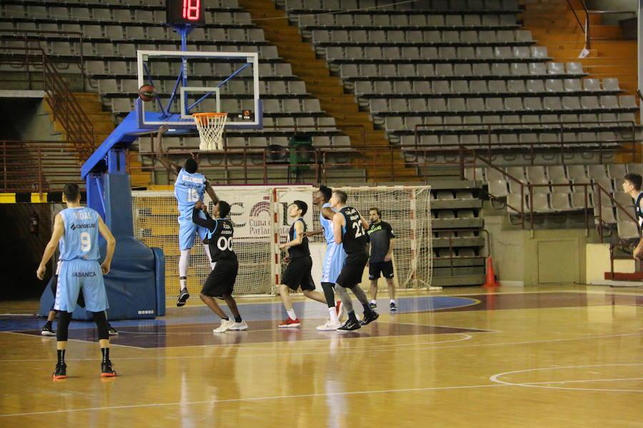 Entrenamiento de dos equipos ACB en León