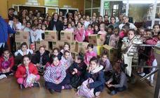 El entrenamiento solidario recoge más de 150 kilos de alimentos y productos de aseo