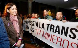 El orgullo de la ministra y la desesperación de los trabajadores de Peal