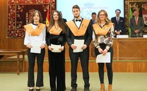 La Escuela de Ingenieros de Minas celebró Santa Bárbara con 68 nuevos graduados