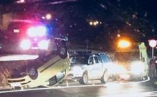 Un herido tras volcar con su vehículo en la nueva rotonda de Ferral del Bernesga