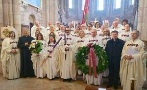 Villadangos concede su medalla de oro a la Imperial Orden y Cofradía del Milagroso Pendón de San Isidoro