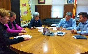 El Ayuntamiento y la Protectora de Animales de Astorga unen fuerza en pro de los servicios de la perrera municipal