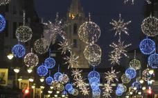 Y la Navidad se hizo, por fin, en Ordoño II mientras la Calle Ancha sigue en 'stand by'