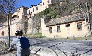 Un joven resulta herido tras precipitarse desde la muralla en Segovia