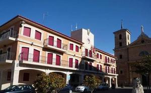 El PSOE denuncia que Valencia de Don Juan ha perdido 7.000 euros en un juicio por la «mala gestión tributaria de Majo»