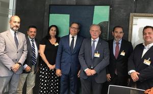Reyes Maroto abre una comisión para que vuelvan los periodos habituales de rebajas en el comercio