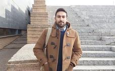 El profesor leonés de los tres euros por hora: «Me he hecho 'famoso' por una mala oferta de trabajo »