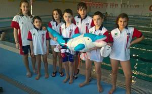El club de natación de León obtiene cuatro medallas en Ponferrada