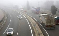 La niebla complica el tráfico en varias carreteras de la provincia leonesa