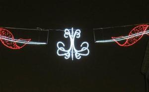 Cada arco de Navidad de la Calle Ancha cuesta al Ayuntamiento 1.150 euros frente a los 175 de coste para un comerciante