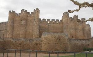 Coyanza aprueba dos proyectos para una actuación completa en el Castillo por 560.000 euros