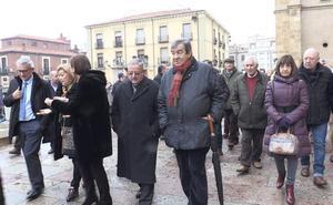 Álvarez-Cascos exalta la historia de León y Asturias «frente a las manipulaciones independentistas»