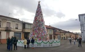 leonoticias.tv | En directo: encendido del árbol de ganchillo de Villoria de Órbigo