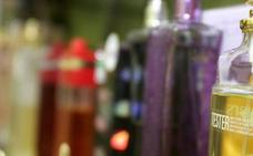 Prisión por robar 1.360 euros en colonia de una perfumería de Ordoño II