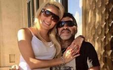 A Maradona le echan de casa