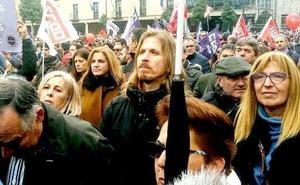 Pablo Fernández (Podemos) acusa a PP y PSOE de «condenar a la comarca del Bierzo»