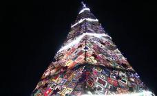 Villoria enciende una Navidad de ganchillo