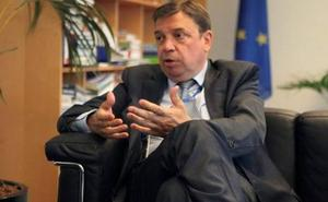 España defiende en Bruselas incrementar hasta un 3% las capturas de merluza en el Cantábrico