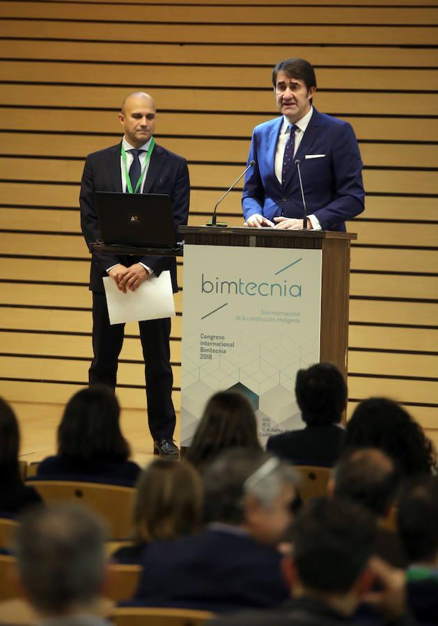 Inauguración de Bimtencnia