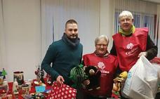 Juventudes Socialistas de Villaquilambre entrega 500 juguetes a Caritas Diocesana de Villaobispo