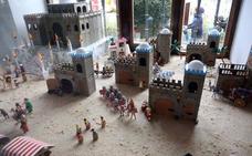Los Playmobil arman el Belén en León