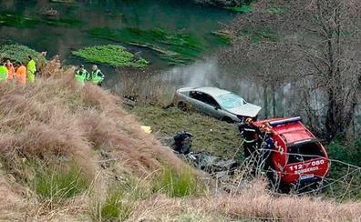 Fallece un conductor tras caerse por un desfiladero en la AP-66 en Barrios de Luna