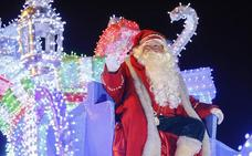 Ya es Navidad en León: vive desde dentro la Cabalgaza y la llegada de Papá Noel