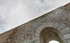 La junta de gobierno inicia los trámites para hacer paseable la muralla romana de la Era del Moro