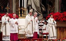 Dimiten el portavoz del Vaticano y su adjunta, la española Paloma García Ovejero
