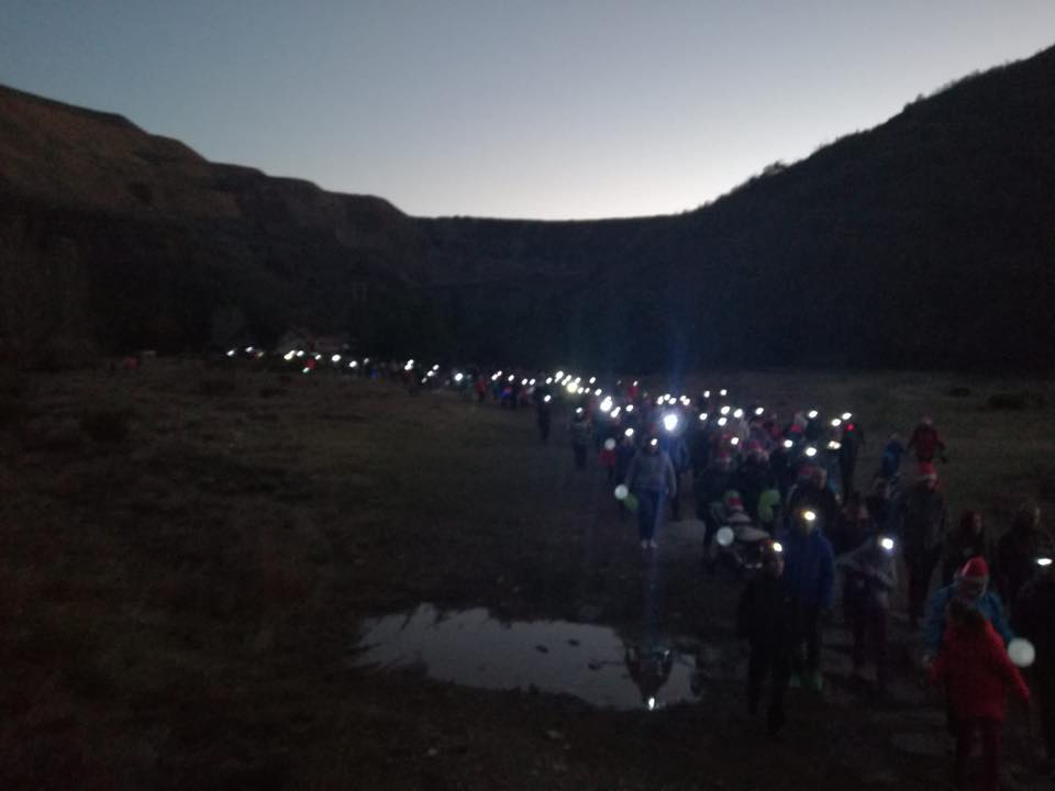 Marcha solidaria navideña 'Los Duendes de Haeda' en Ciñera