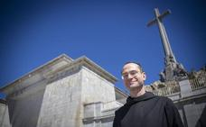 El prior exfalangista que dirige el Valle de los Caídos veta el acceso para exhumar a Franco