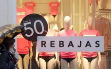 Los leoneses gastarán 110 euros en ropa y complementos estas rebajas