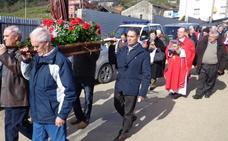 La Iglesia busca llevar a los fieles del Barco de Valdeorras a misa tras su negativa en apoyo al cura acusado de pederastia
