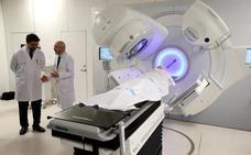 El nuevo año traerá al Hospital de León el acelerador lineal donado por la Fundación Amancio Ortega