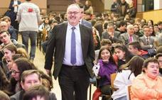Fernando Rey recalca el compromiso de la Junta por equiparar las tasas universitarias a la media del país