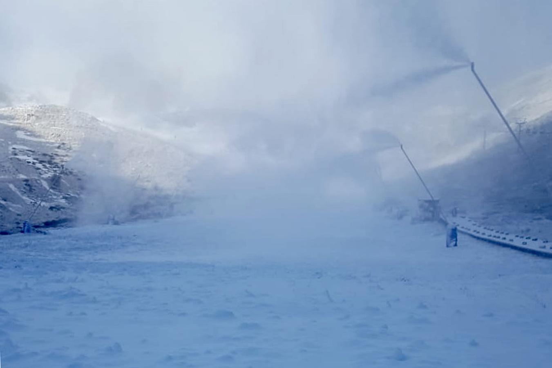 La nieve llega a San Isidro y Pajares