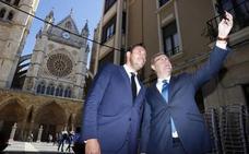 La petición de Puente para «apostar por Valladolid» acaba enfrentándole con Antonio Silván