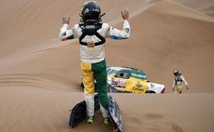 Calleja sobrevive a la niebla del Dakar