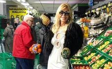 Bibiana Fernández, de compras en Mercadona