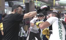 ¡Gancho, crochet! .. y bloqueo: las claves del maestro del boxeo Alfredo Arrojo