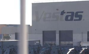 Cerca de cuarenta trabajadores preparan la puesta en marcha de Network Steel en Villadangos