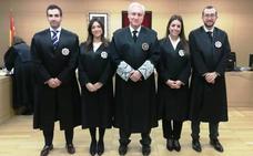 Los dos nuevos jueces de Astorga y Ponferrada juran su cargo